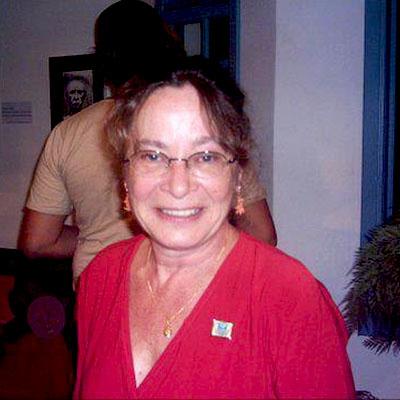 Eugenia Flavian, tradutora parceira (Peruíbe, SP)